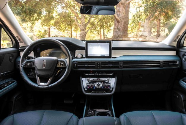 New Lincoln interiors debut with the all-new Corsair including Beyond Blue with its vivid blue and white palette.