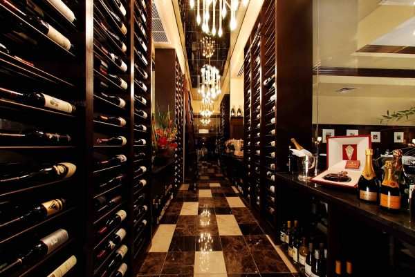 CHEERS! National Drink Wine Day at III Forks Prime Steakhouse