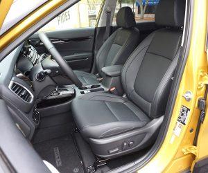 Kia Seltos front seats