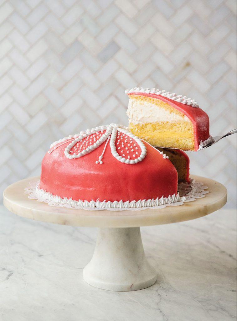 SantAmbroeus Cake by Evan Sung
