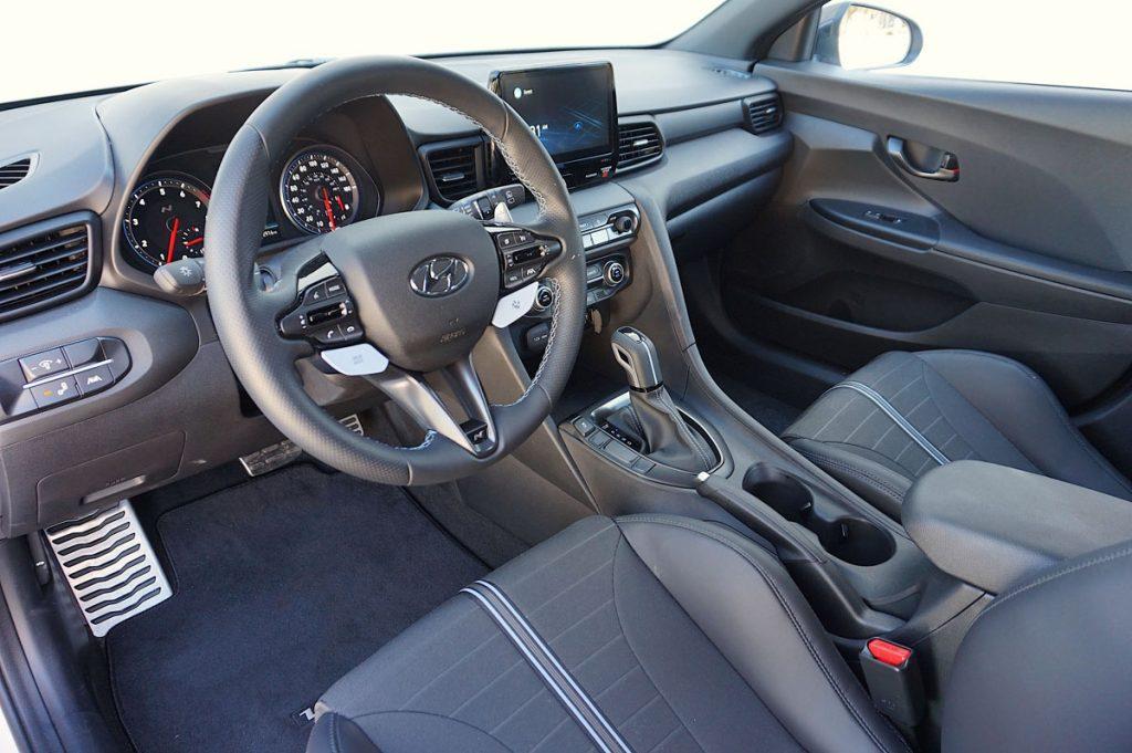 Hyundai Veloster N 8