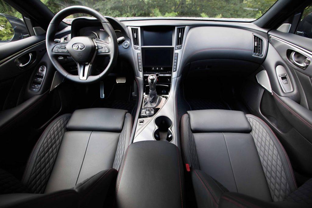 Infiniti Q50 drivers seat, passenger seat, dashboard