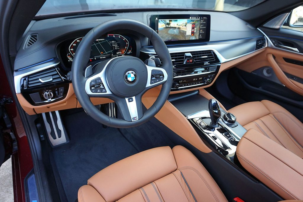 BMW 550i dashboard and front seats