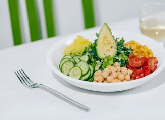 Healthy eats on the summer menu at True Food Kitchen. Photo courtesy of True Food Kitchen.